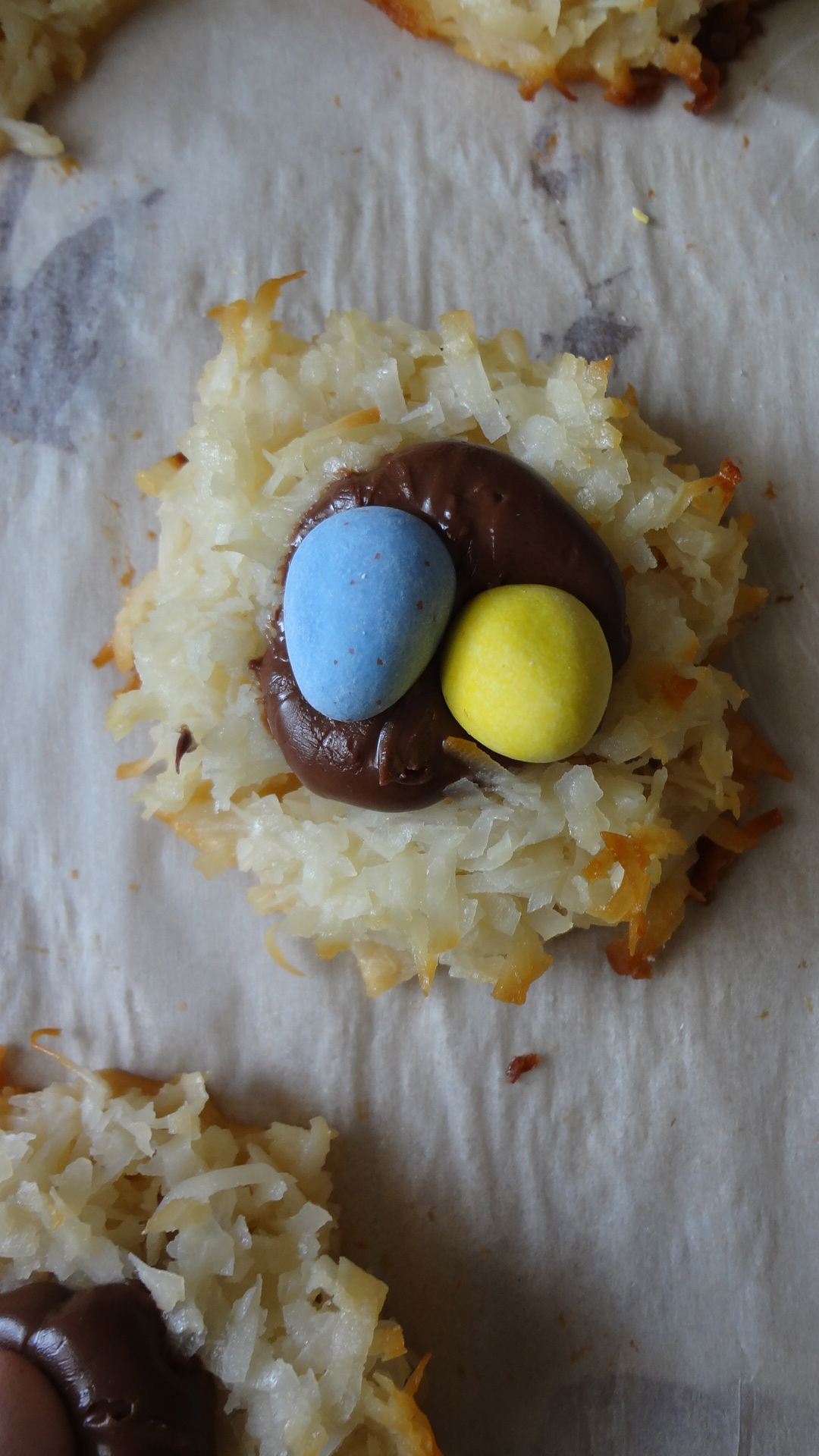 Nutella Coconut Macaroon Nests | The Culinary Capers