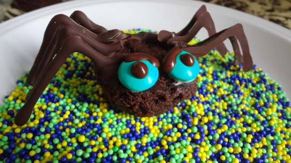 OMG cute! Chocolate spiders for Halloween!
