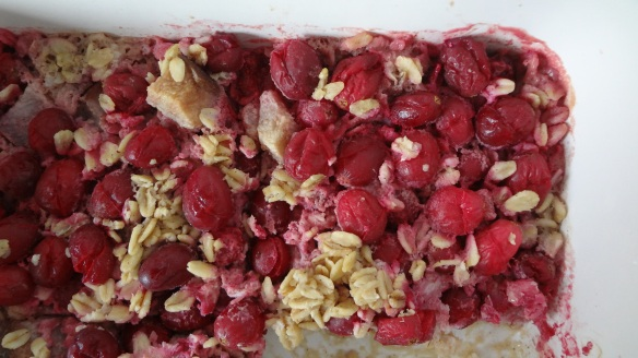 Cranberry pear baked oatmeal // The Culinary Capers