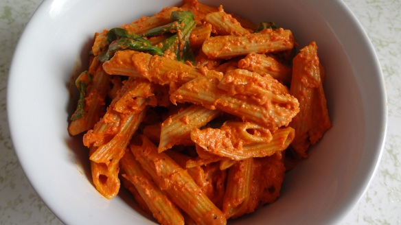 Penne with Roasted Red Peppers and Cream