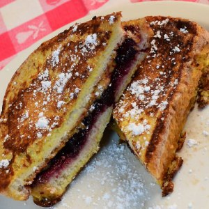 lb_21_pbj_french_toast