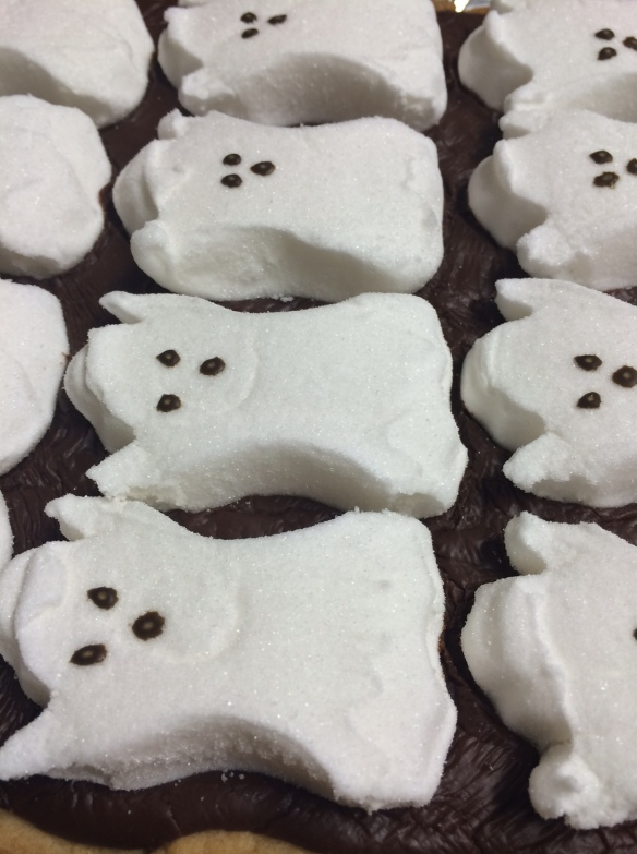 Ghostly S'mores Bars - so easy for Halloween!